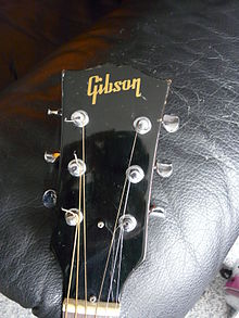 Gibson J-50 (SN 871234) headstock (photo by Henry Zbyszynski).jpg