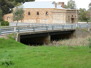 Gilbert River (South Australia) - Image: Gilbert River bridge at Saddleworth