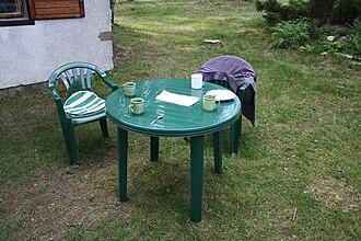 Garden furniture - Green plastic garden furniture