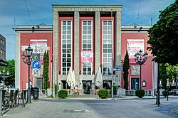 Grillo-Theater-2012.jpg
