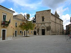 Guardiagrele - piazza San Francesco