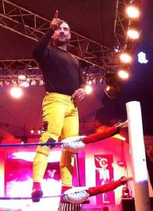 Héctor Garza - Garza posing during a CMLL show.