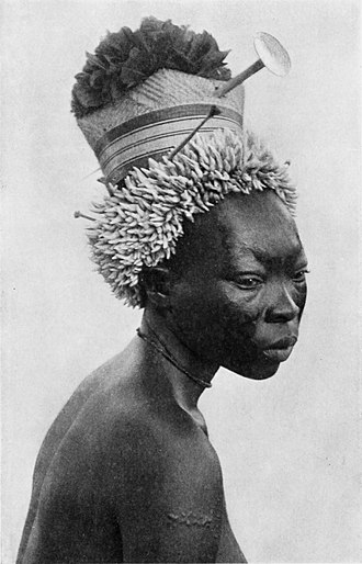 Mayogo people - Wife of a Mayogo chief, early 1900s.