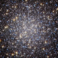 Heart of M13 Hercules Globular Cluster.jpg