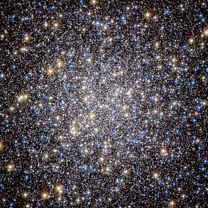 Messier 13 - Image: Heart of M13 Hercules Globular Cluster