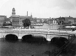 Hermann Rückwardt - Inselbrücke (1916).jpg