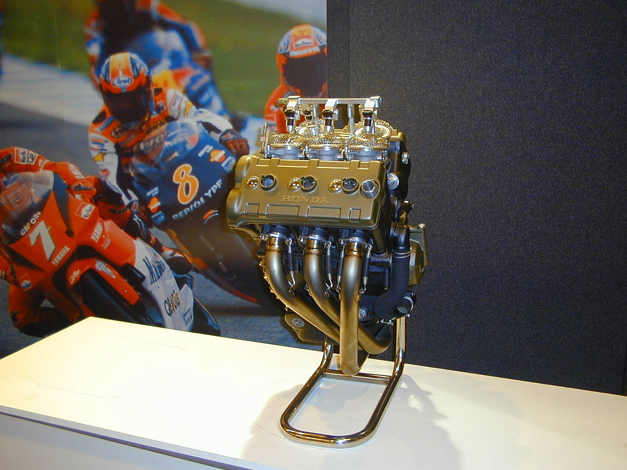 file honda v5 moto gp engine jpg
