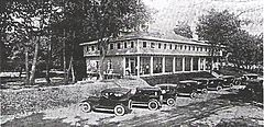 Hotel Picture 1922.jpg