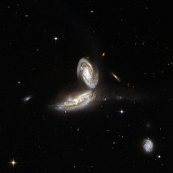 Hubble Interacting Galaxy NGC 5331 (2008-04-24).jpg