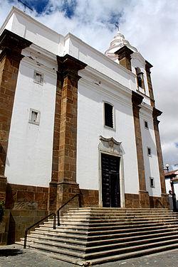 Igreja Almodovar by Henrique Matos 02.jpg