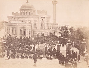 Yıldız assassination attempt - Yıldız Hamidiye mosque during an Ottoman state ceremony in the late 19th century.