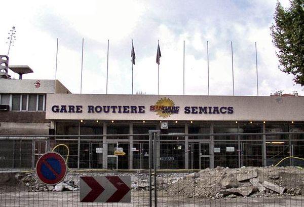 Jaures012 GareRoutiere.jpg