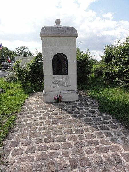 Jeantes (Aisne) chapelle commémorative T.M.Carlin La sablonnière