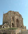 Jerash - Gerasa - (Giordania) - Arco di Adriano (4).JPG