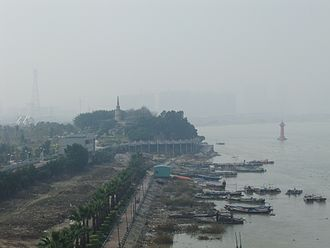 Jinjiang, Fujian - Image: Jin River seen from Zitong Bridge south side DSCF8724