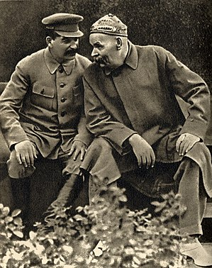 Joseph Stalin and Maxim Gorky, 1931.jpg