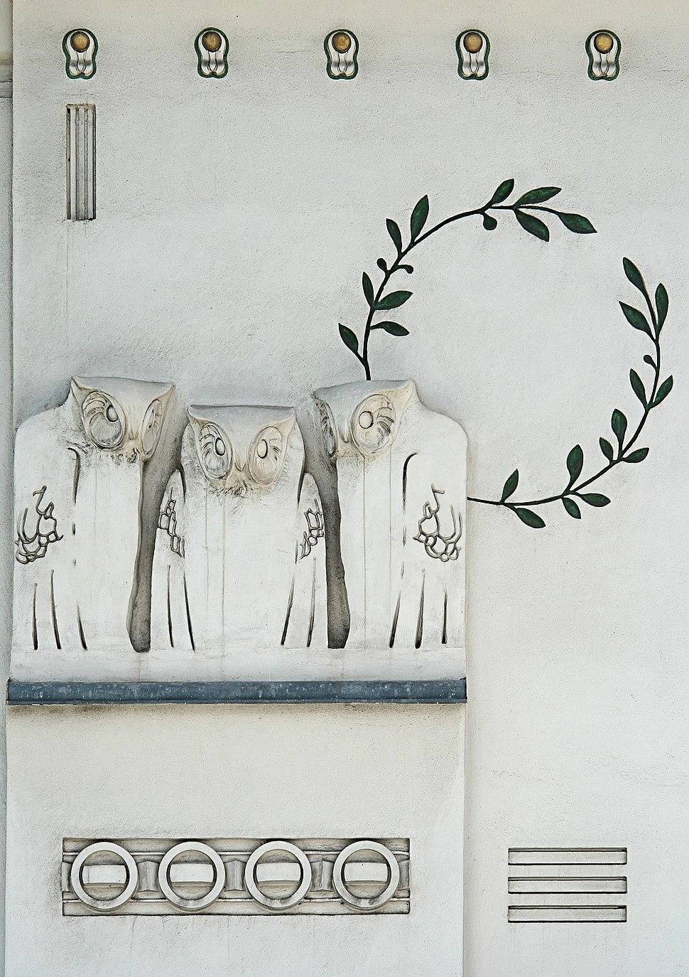 Jugendstil owls - Koloman Moser - Detail facade of Secession Building - Vienna
