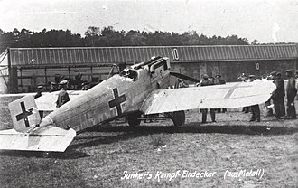 Junkers D.I - Lengthened-fuselage and extended wingspan Junkers D.I (J.9/II) undergoing evaluation