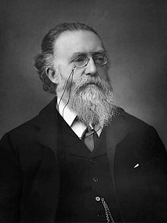 Justin McCarthy (politician, born 1830) Irish nationalist and Liberal historian, novelist and politician