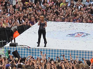 Stronger (What Doesn't Kill You) - Clarkson performing the song at Wembley Stadium in London, June 2012