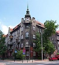 Katowice - Róg Sienkiewicza i Dąbrowskiego.jpg