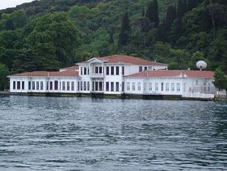 Turkish Cypriot diaspora - Owned by the Turkish Cypriot grand vizier, the Kıbrıslı Mehmed Emin Pasha mansion, in Istanbul, Turkey, is still owned by his descendants today.