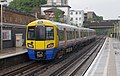 Kilburn High Road railway station MMB 06 378229.jpg