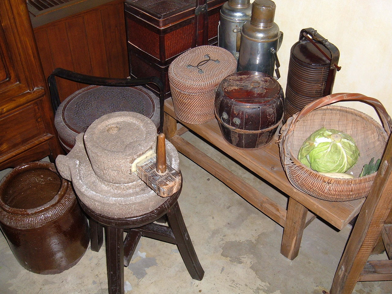 Kitchen, Shikumen Open House Museum.JPG
