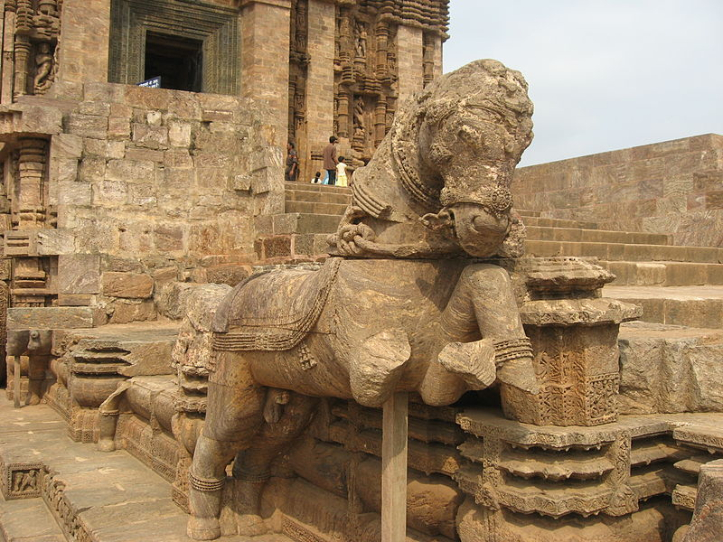File:Konarak Sun Temple Sculptures By Piyal Kundu (7).jpg