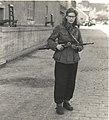 Kvindelig frihedskæmper (6045795926) (2).jpg