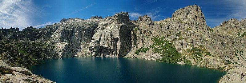 File:Lac de Capitello Panorama.jpg