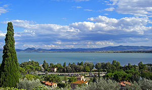 Lake Trasimeno - The lake seen from Castiglione del Lago