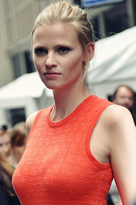 Lara Stone le 15 septembre 2011 à New York.