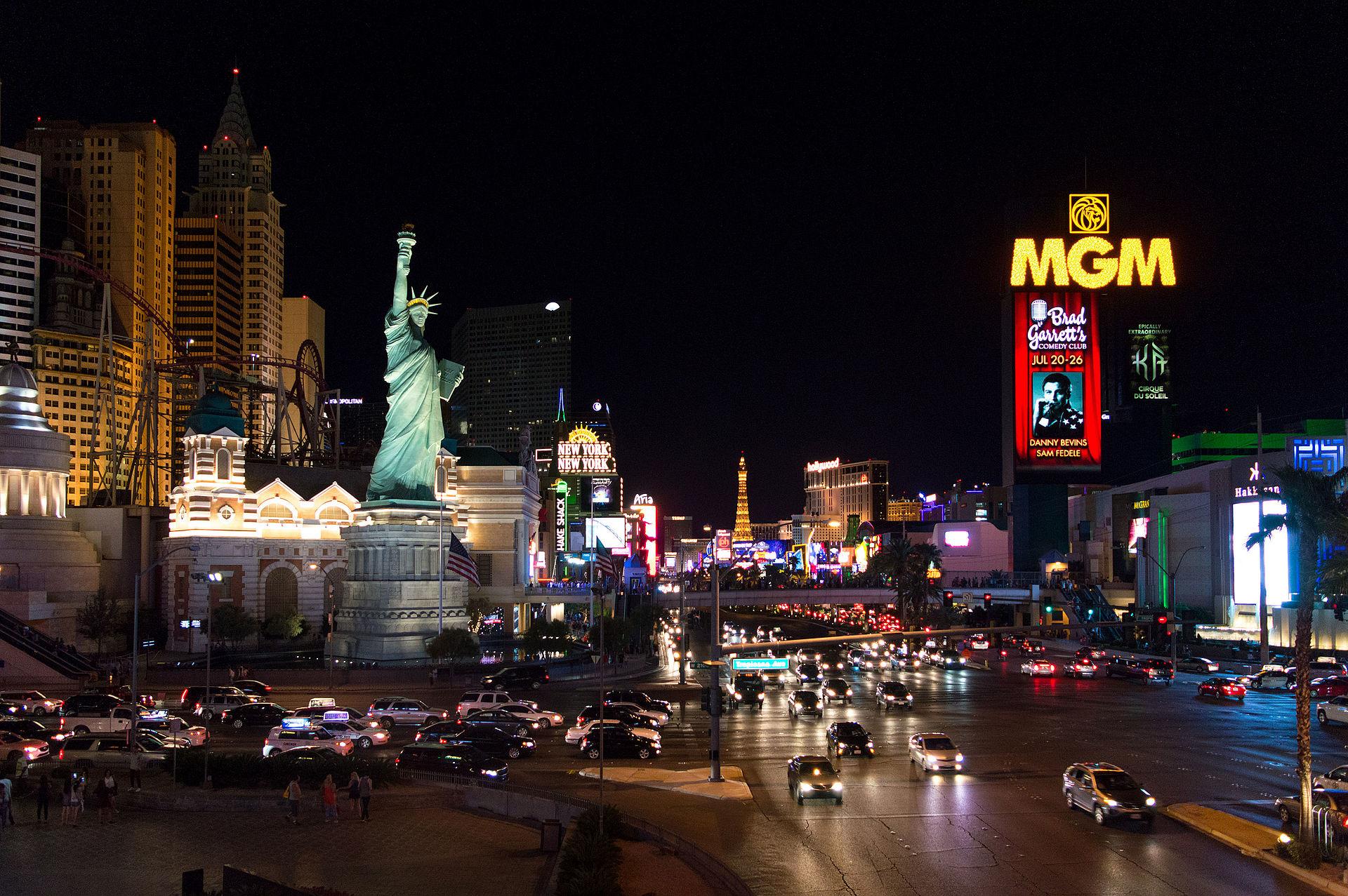 Las Vegas strip, new york, new york hotel & casino