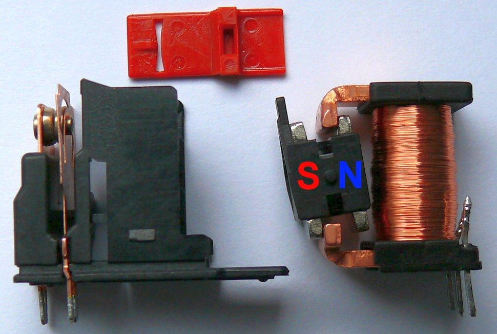 Latching relay bistable permanent magnet