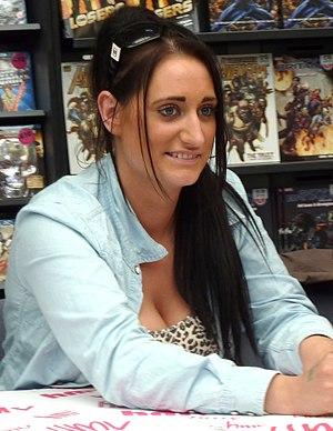 Lauren Socha of Misfits doing a signing