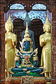 Le Bouddha démeraude (Vat Mai, Luang Prabang) (4338006388).jpg