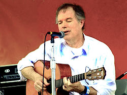 Leo Kottke 6-16-07 Photo by Anthony Pepitone.jpg