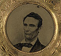 Lincoln button 1860 small high contrast.jpg