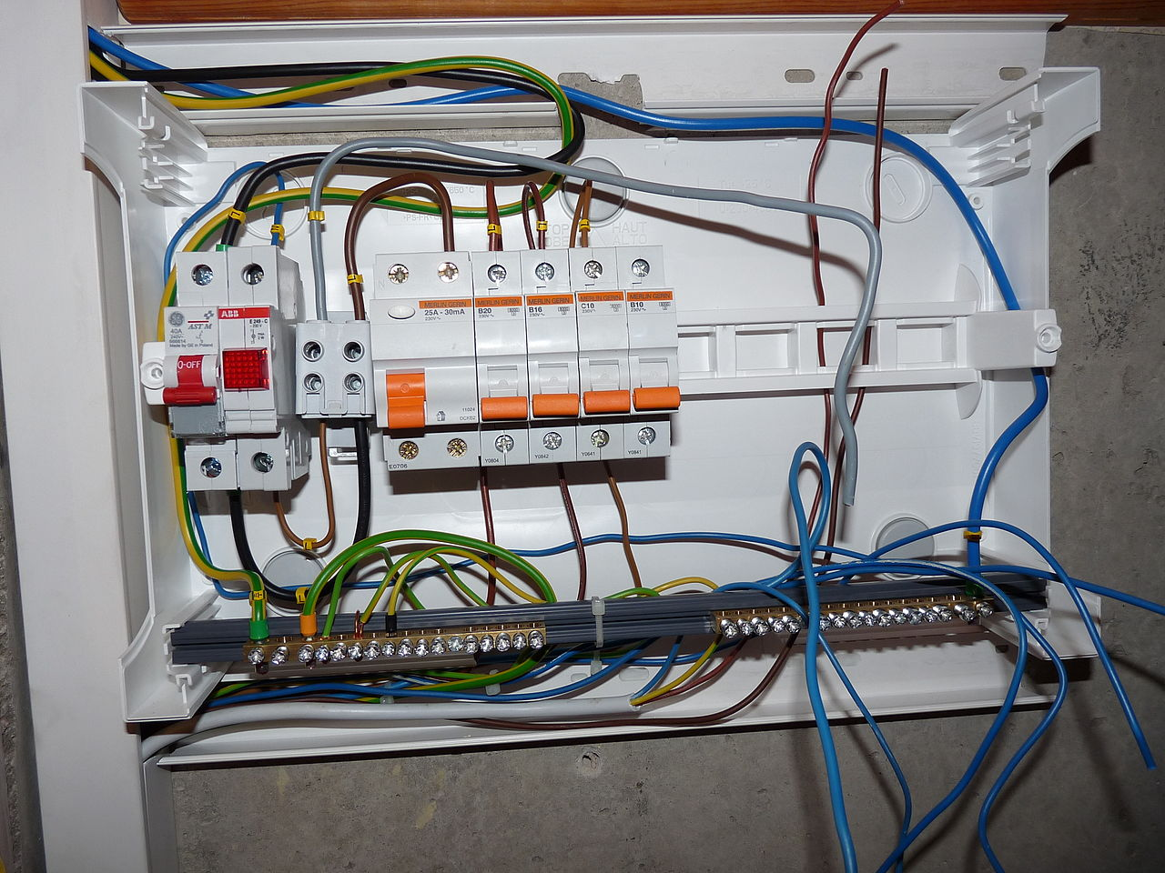 how wire a fuse box we wiring diagram Fuse Box Relays Connect To Wire Fuse Box #8