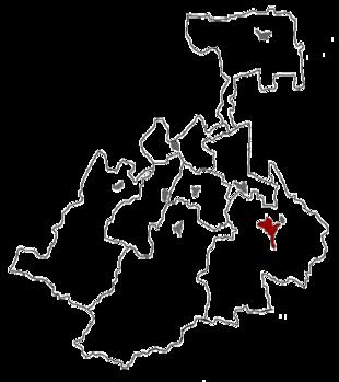 Cartina degli 8 distretti dell'Ossezia Settentrionale-Alania, con evidenziata in rosso la posizione della capitale Vladikavkaz.