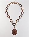 Locket and Chain MET DT4706.jpg
