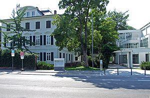 Museum für Angewandte Kunst, Villa Metzler und...
