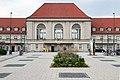 MK38044 Bahnhof Weimar.jpg