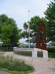 Mac-pap monument ottawa