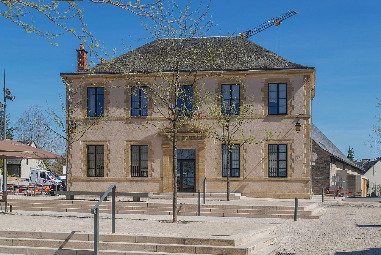 Mairie de Bozouls 01.jpg