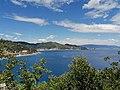 Mar Ligure, Noli, Spotorno, Bergeggi, isola di Bergeggi e costa di Ponente verso Genova visti dal Sentiero del Pellegrino - Noli.jpg