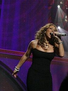 Mariah Carey durante l'Angels Advocate Tour