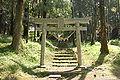 Mariyatsu-Castle Shiroyama-Jinjya Torii.JPG
