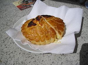Object: Mattentaart cake Description: Mattenta...